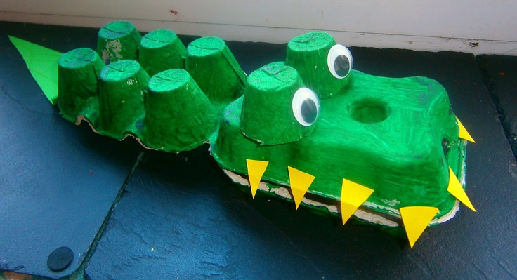 10 cute things to do with egg cartons to amuse the kids for Things to make with egg boxes