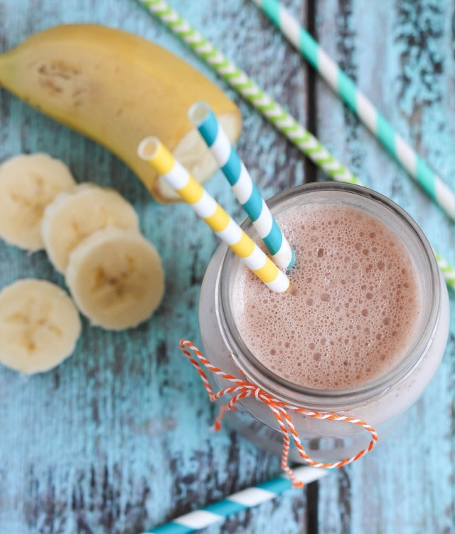 Peanut-Butter-Banana-Smoothie-3