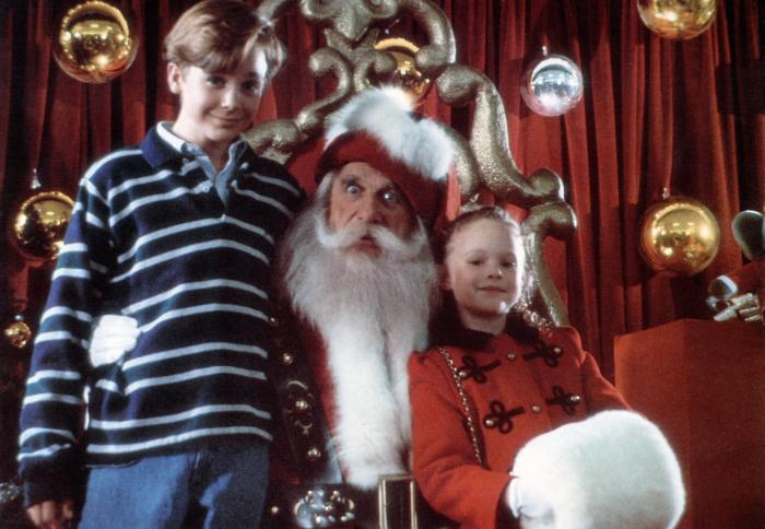 ALL I WANT FOR CHRISTMAS, from left: Ethan Embry (aka Ethan Randall), Leslie Nielson, Thora Birch, 1991. ©Paramount Pictures