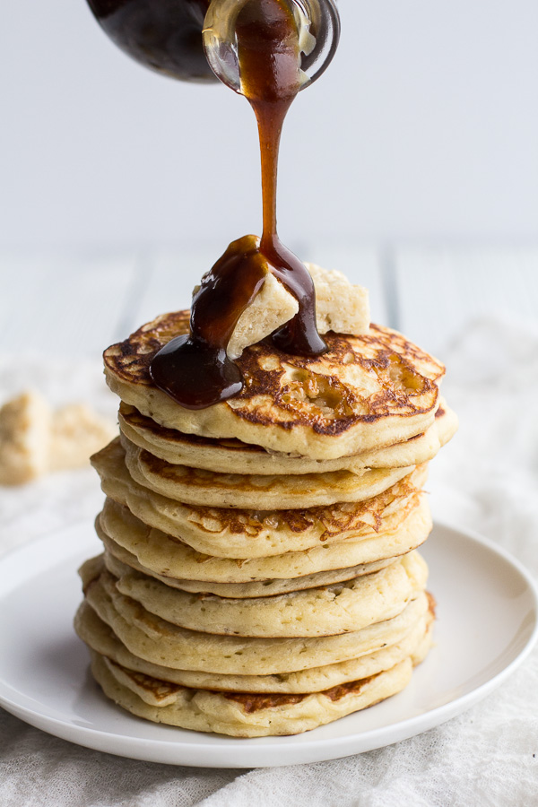 Rice-Krispie-Treat-Pancakes-with-Browned-Butter-Syrup.-1