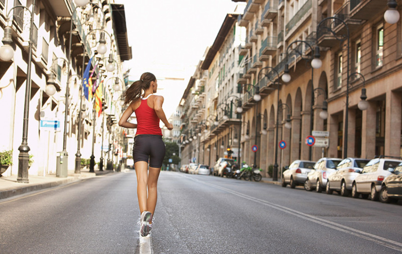 running-streets-workout-morning-820x518
