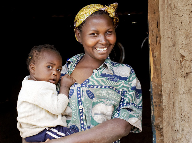 Kenyan-mother-and-child