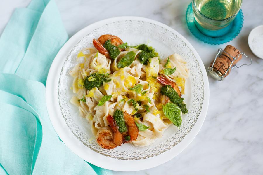 Shrimp-Tagliatelle-Lemon-Prosecco-Cream-Sauce-Recipe_h