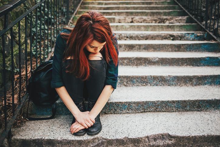 Teenagers teens boys girls sexting digital abuse online