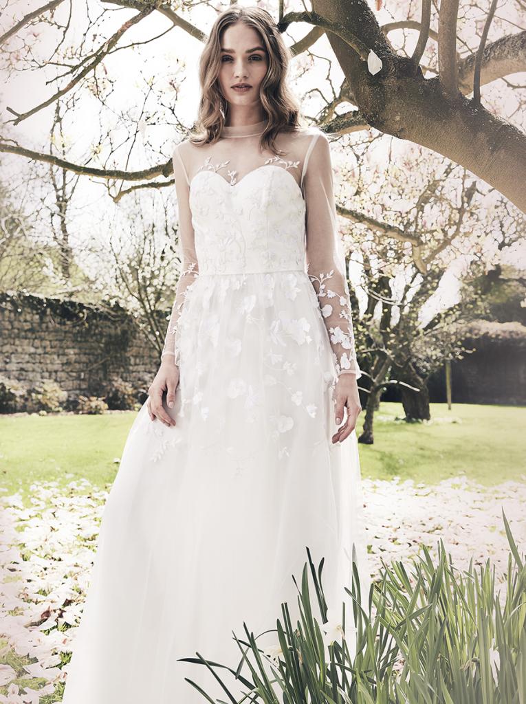 Bargain Here Are 6 STUNNING Wedding Dresses For Under EUR250