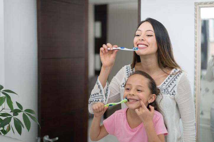 Mum uses toothpaste