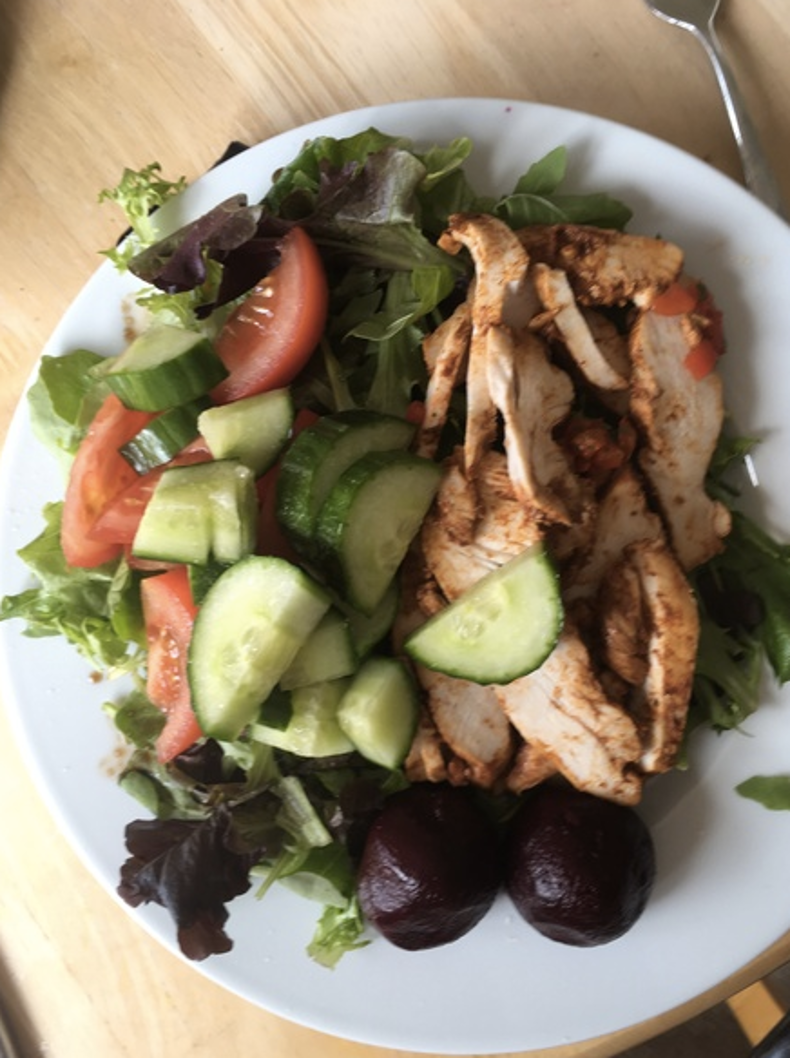 Mum's photo of what a 'slim person' has for lunch did not..
