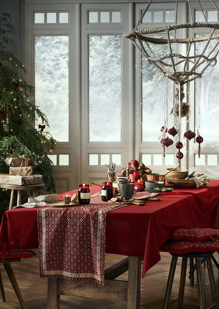Jasmine Terrace: The H&M Home Christmas Collection Is Here And It's Oh So