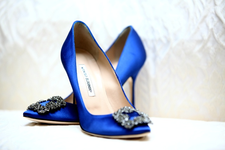 M&S are selling these INSANE Manolo Blahnik-alike shoes ...
