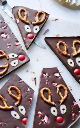 Yum Reindeer Chocolate Bark Is The Festive Treat The Kids