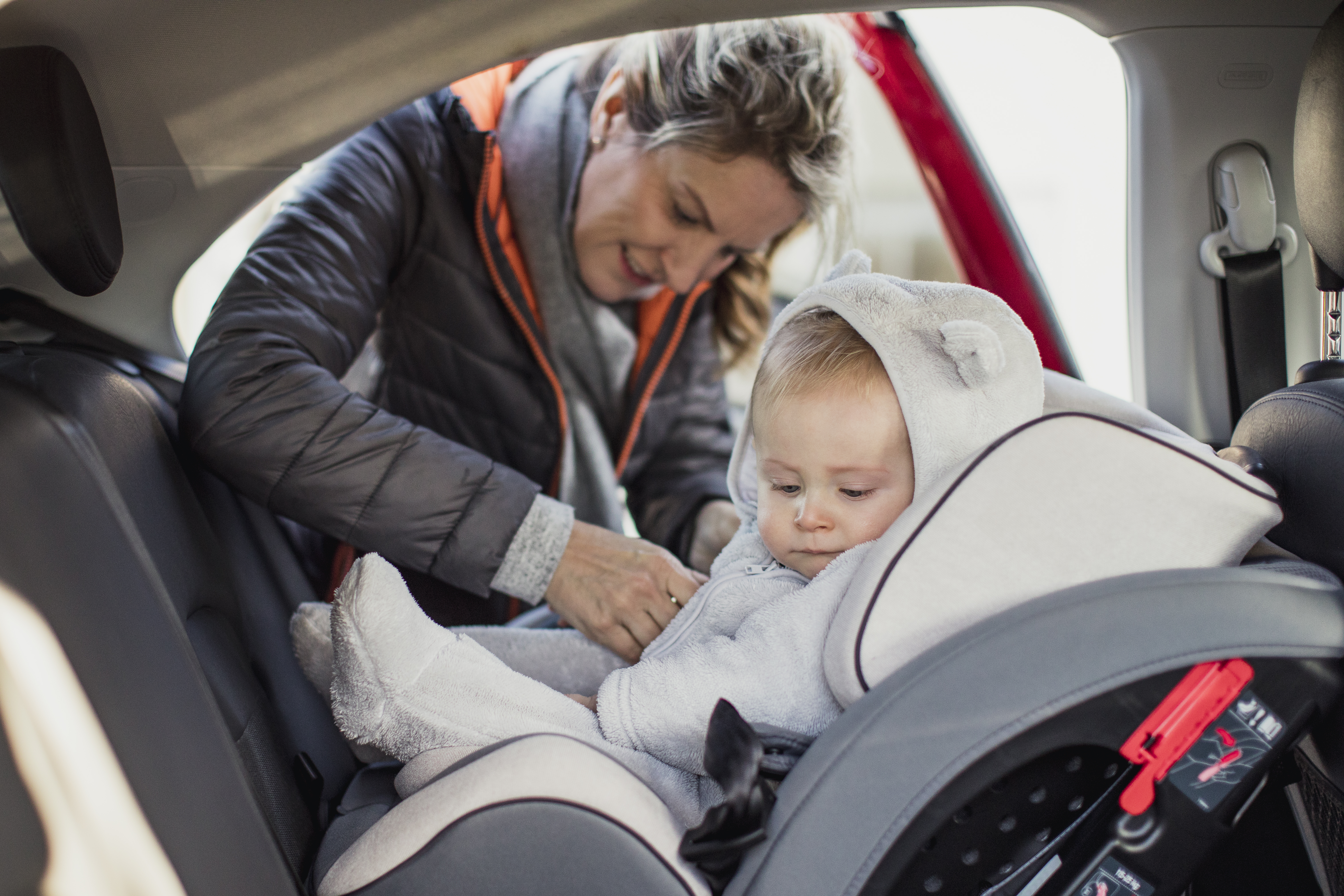 e8a8af55a Here s what your baby should wear when travelling in a car seat ...